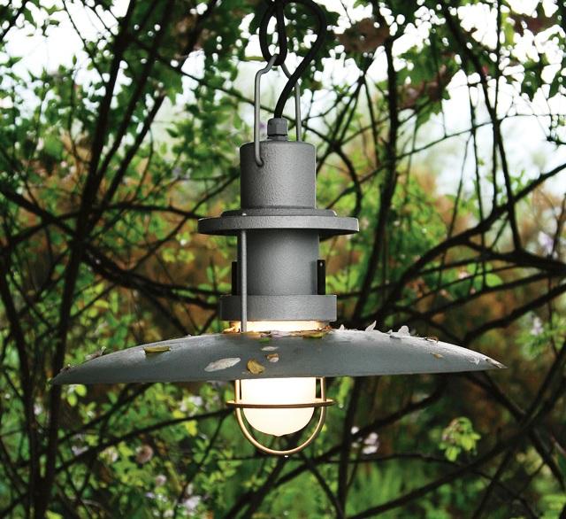 Самодельный уличный фонарь из металла