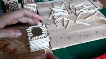 Как собрать кубик из спичек!