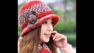 Элегантные  вязаные женские шляпки и панамки