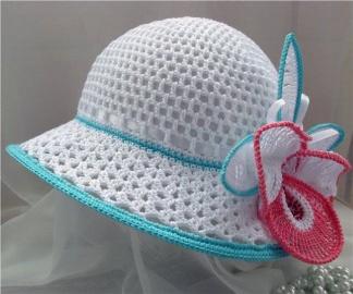 Легкие женские шляпы, вязаные из мусорных пакетов
