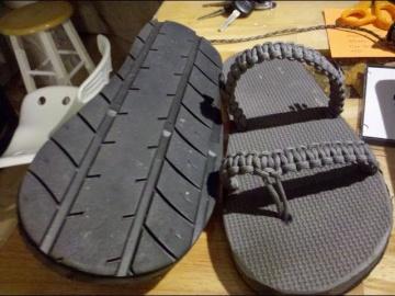 Изготовление обуви из автомобильных покрышек