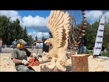 Бензопила в руках профессионала резьба по дереву